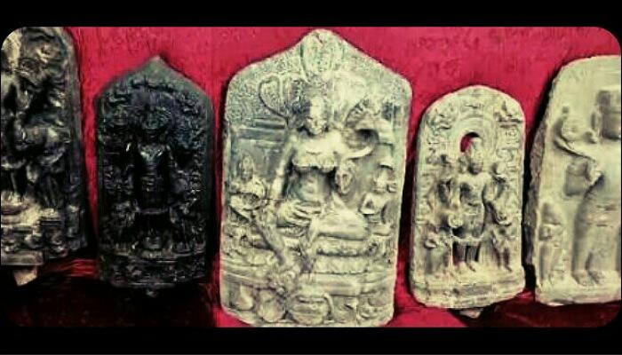 ট্রাক বোঝাই ধানের মধ্যে থেকে উদ্ধার ৩৫ কোটি টাকার প্রাচীন মূর্তি