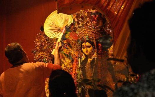 পুজোর পরে করোনা আক্রান্তের সংখ্যা দ্বিগুণ হারে বাড়বে, আশঙ্কা চিকিৎসকদের